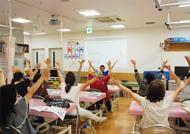 キラキラ教室風景02